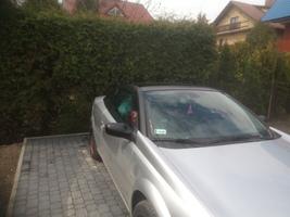 Oklejanie dachu samochodu osobowego